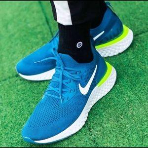 NWT Nike Epic React Flyknit